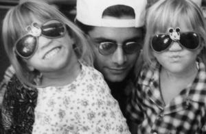 John Stamos ému : Son court message à la jeune mariée Mary-Kate Olsen