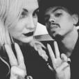 Ashlee Simpson et son mari Evan Ross à Aspen / photo postée sur Instagram au mois de décembre 2015.