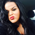 Sarah Fraisou : selfie sur Instagram