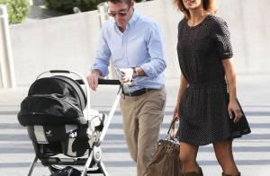 Elisabetta Canalis : Maman comblée avec sa petite Skyler et son mari