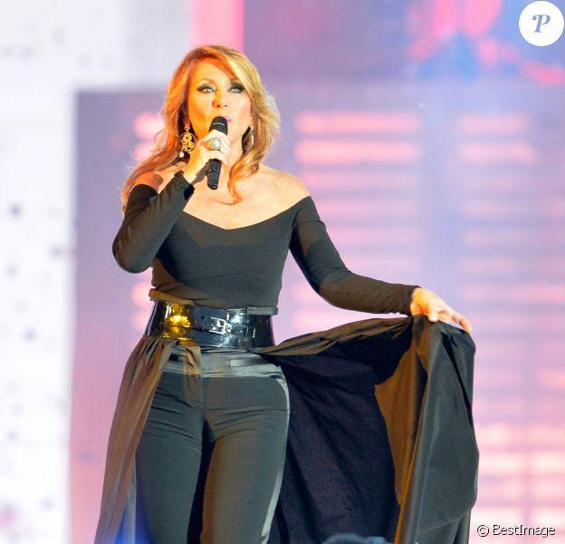 Julie Pietri - Concert Stars 80 au Stade de France à Saint-Denis le 9 mai 2015.