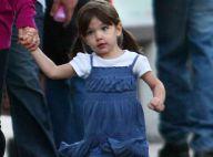 REPORTAGE PHOTOS : La petite Suri Cruise, non seulement elle marche mais... elle galope !