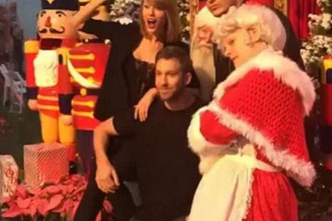 Taylor Swift à la fête avec Calvin Harris pour ses 26 ans, Blake Lively la gâte...