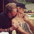 """""""Johnny et Laeticia, amoureux à Phuket - Johnny Hallyday en famille en Thaïlande, décembre 2015."""""""