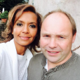 Karine Le Marchand a pris la pose avec Damien de  L'amour est dans le pré  8. Septembre 2015.