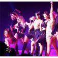 Alizée, Priscilla, Denitsa et les filles de la tournée DALS, le 9 janvier 2016 à Marseille.