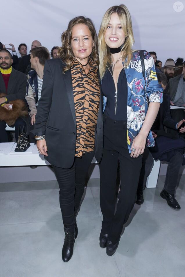 Jade Jagger et sa demi-soeur Georgia May Jagger - Défilé Louis Vuitton (collection homme automne-hiver 2016-2017) à la serre du parc André-Citroën. Paris, le 21 janvier 2016.