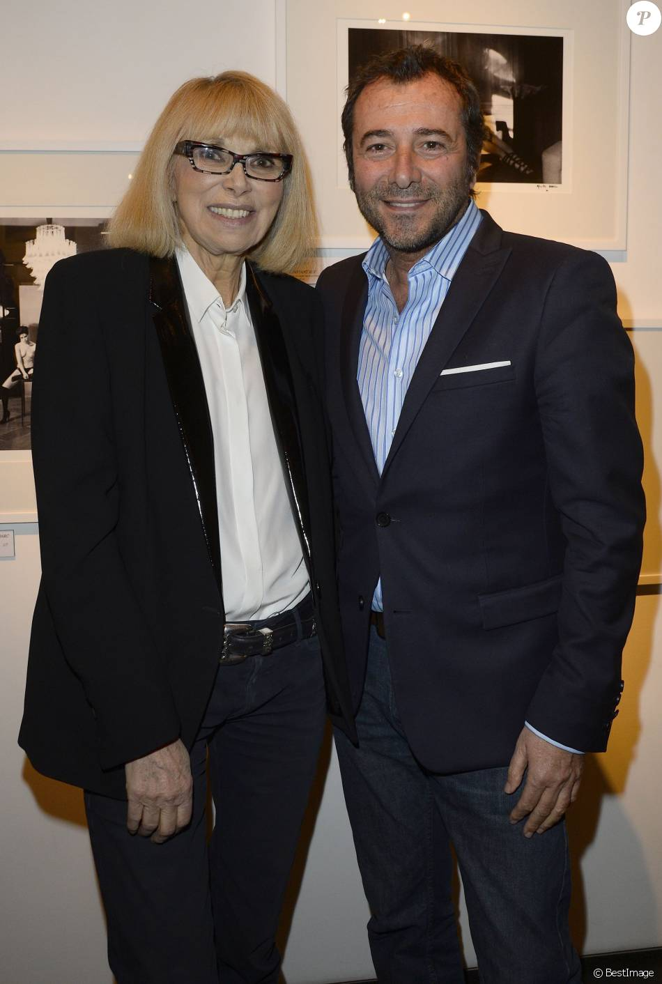 mireille darc et bernard montiel vernissage de l 39 exposition des photographies de mireille darc. Black Bedroom Furniture Sets. Home Design Ideas