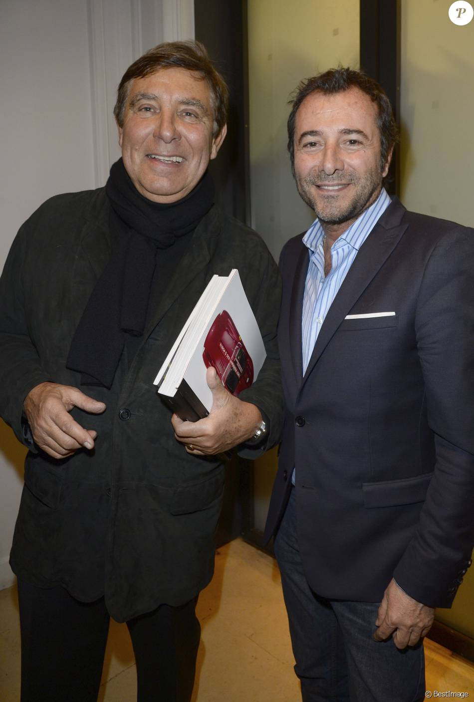 jean pierre foucault et bernard montiel vernissage de l 39 exposition des photographies de. Black Bedroom Furniture Sets. Home Design Ideas