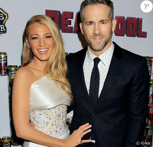 Blake Lively et Ryan Reynolds amoureux lors d'une première de Deadpool à New York le 8 février 2016.