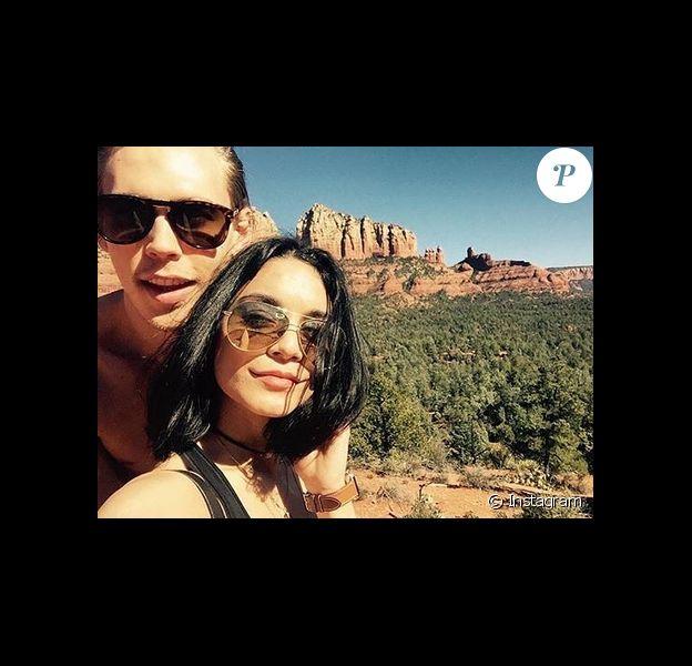 Vanessa Hudgens passe la Saint-Valentin avec son petit ami Austin Butler dans les montagnes de l'Arizona. Photo publiée sur Instagram, le 15 février 2016.