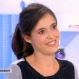Carole Tolila annonce être enceinte dans  Les Maternelles . Sur France 5, le 8 septembre 2015.