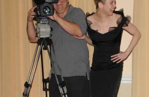 REPORTAGE PHOTO : Renee Zellweger déchaînée, entourée des plus célèbres... épouses de la planète !