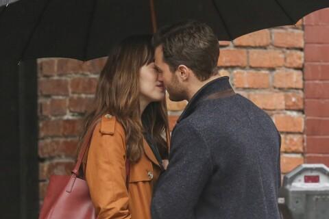 Jamie Dornan et Dakota Johnson : Un baiser romantique pour l'irrésistible duo