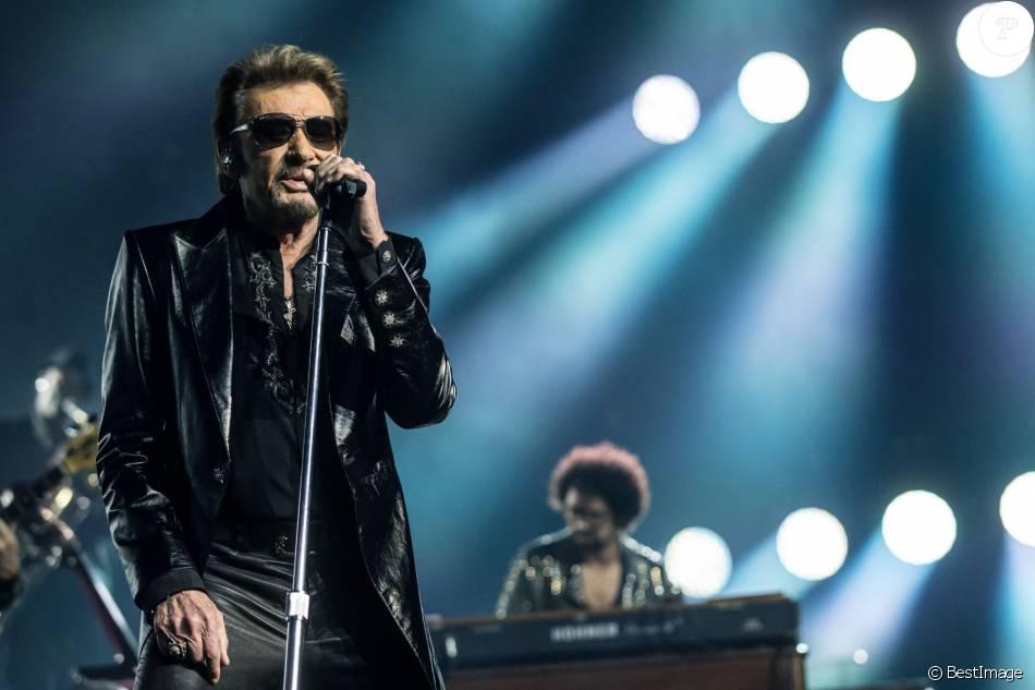 Exclusif - Johnny Hallyday en concert à l'Arena à Genève. Le 3 novembre 2015 © Cyril Moreau / Bestimage