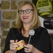 Valérie Trierweiler : Animatrice amusée de tombola...