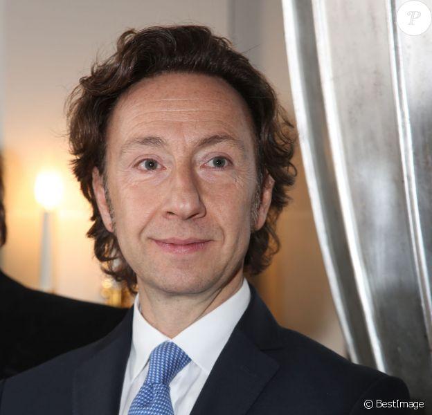 Stéphane Bern - Remise du Prix littéraire des Princes décerné par le magazine Point de Vue à l'Hotel Peninsula à Paris le 4 décembre 2014.