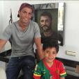 Cristiano Ronaldo et son fils Cristiano Junior, photo Instagram mars 2016 à l'occasion de la Fête des pères.