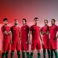 Cristiano Ronaldo et ses coéquipiers présentent la nouvelle tenue officielle du Portugal signée Nike, photo Instagram mars 2016.
