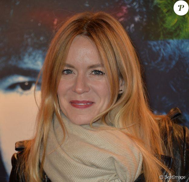"""Véronic DiCaire - Photocall du concert """"Charlebois, 50 ans en chansons"""" au théâtre Bobino à Paris le 11 avril 2016. © Veeren/Bestimage"""