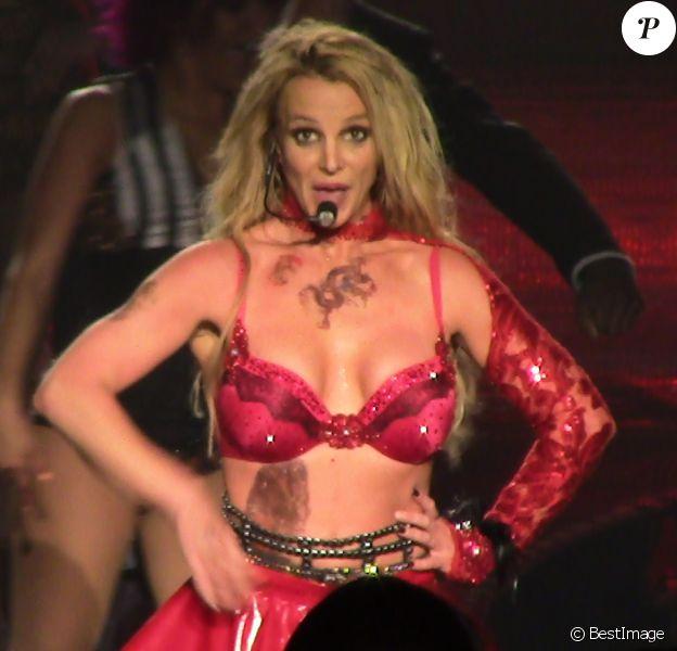 Britney Spears en concert au Planet Hollywood casino de Las Vegas le 24 février 2016