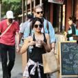Vanessa Hudgens et son compagnon Austin Butler se baladent à New York le 26 juin 2015.
