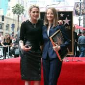 "Jodie Foster étoilée avec sa ""fille"" Kristen Stewart sous le regard de sa femme"