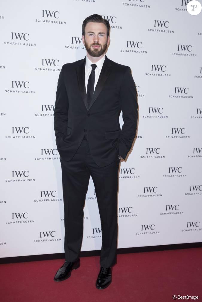 Chris evans au d ner iwc pour le sihh salon international for A la mode salon atlanta