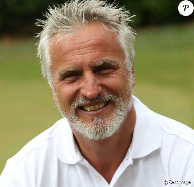 David Ginola lors de la 4e édition de la Mapauto Golf Cup au Golf Old course à Mandelieu-la-Napoule, le 12 juin 2015. L'ex-footballeur a été victime d'un arrêt cardiaque le 19 juin 2016 à Mandelieu.