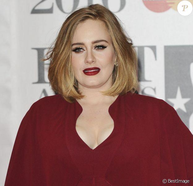 Adele - Photocall de la cérémonie des BRIT Awards 2016 à l'O2 Arena à Londres, le 24 février 2016