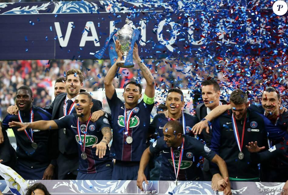 Zlatan ibrahimovic vainqueur de la coupe de france pour - Match psg montpellier coupe de france ...