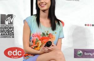 REPORTAGE PHOTOS : Katy Perry nous prépare-t-elle un nouveau coup d'éclat pour les MTV Europe Music Awards ?