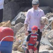 Robert Downey Jr. et Exton, 4 ans : Iron Man s'éclate avec son Spider-fiston
