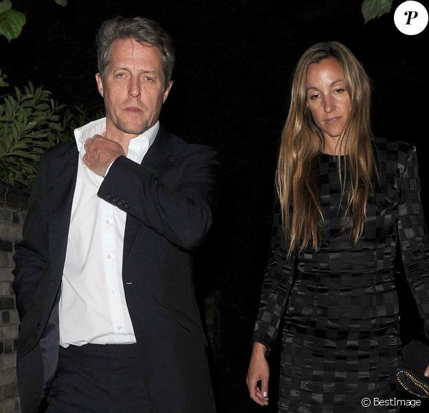 Hugh Grant et sa compagne Anna Elisabet Eberstein lors d'une soirée organisée chez Jimmy Carr à Londres, le 6 juin 2016.