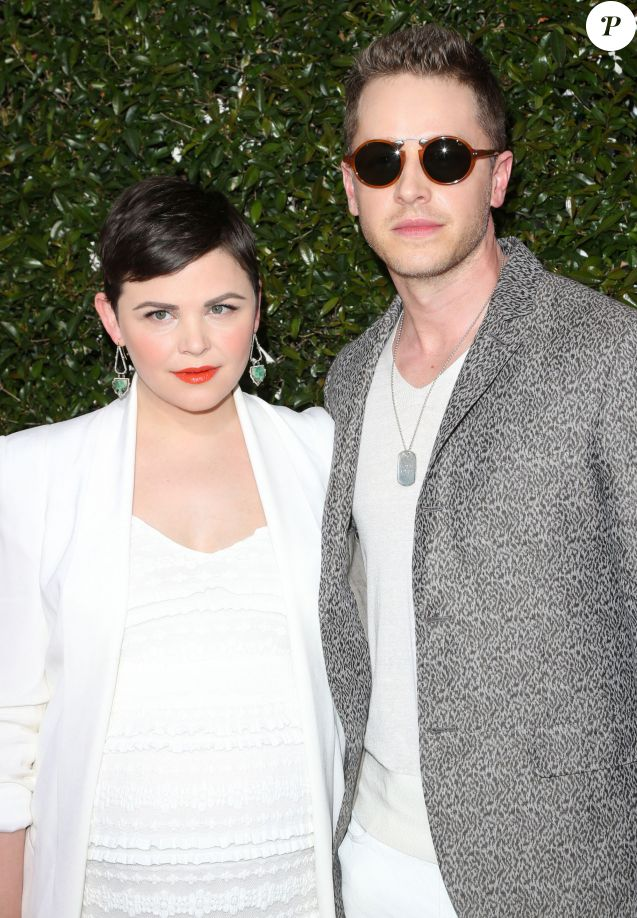 "Ginnifer Goodwin et son mari Josh Dallas à la soirée ""John Varvatos 13th Annual Stuart House Benefit"" à Los Angeles le 17 avril 2016. © Sammi/AdMedia via ZUMA Wire / Bestimage"