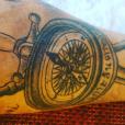 Pascal (Koh-Lanta 2016) dévoile son tatouage hommage à l'émission. Juin 2016.