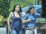 Mila Kunis enceinte : Voici les premières photos de son petit ventre rond !