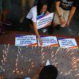Les membres de la communauté homosexuelle se sont rassemblés devant l'université Sto. Tomas (UST) à Manille, pour rendre hommage aux victimes de l'attentat de la boîte de nuit gay Pulse à Orlando. Le 14 juin 2016