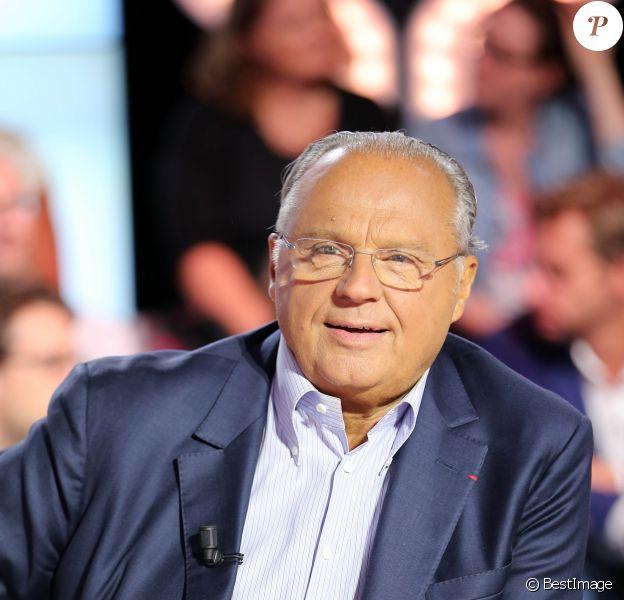 """Gérard Louvin - Conference de presse rentree D8 et D17 """"Touche Pas a Ma Rentree"""", le 29 aout 2013."""
