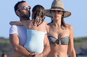 Alessandra Ambrosio : Bikini, famille, le top rayonne à Ibiza !