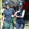 """Exclusif - Ruby Rose (avec les tatouages sur les bras), la nouvelle star de la série """"Orange is the new black"""" sort déjeuner avec sa compagne Phoebe Dahl à Los Angeles le 16 juin 2015."""