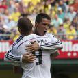 Cristiano Ronaldo et Karim Benzema lors du match de football entre le Real de Madrid et l'équipe du Villarreal à Villarreal, le 27 septembre 2014.