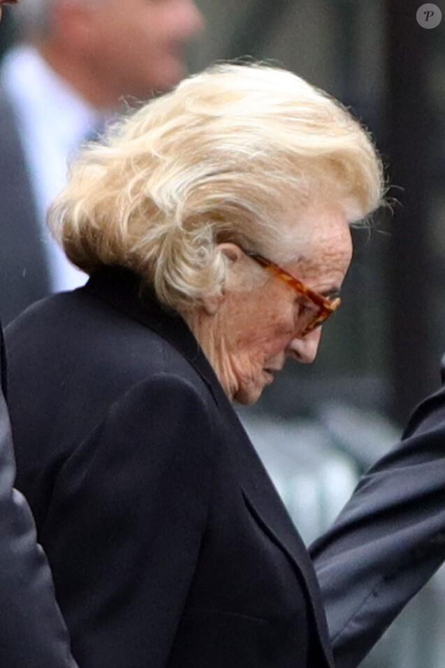 Bernadette Chirac en deuil lors des obsèques de Laurence Chirac, fille de Jacques et Bernadette Chirac morte le 14 avril 2016, qui ont été célébrées en la basilique Sainte-Clotilde à Paris le 16 avril 2016. La défunte a ensuite été inhumée dans la plus stricte intimité familiale au cimetière du Montparnasse © Crystal Pictures/Bestimage
