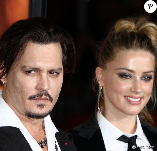 """Johnny Depp et sa femme Amber Heard - Première de """"The Danish Girl"""" au théatre Westwood village à Westwood le 21 novembre 2015."""