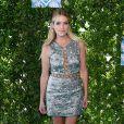 """Ashley Benson- Cérémonie des Teen Choice Awards 2016 dans la salle """"The Forum"""" à Inglewood, Los Angeles, le 31 juillet 2016."""