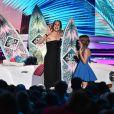 """Jennifer Garner et Kylie Rogers- Cérémonie des Teen Choice Awards 2016 dans la salle """"The Forum"""" à Inglewood, Los Angeles, le 31 juillet 2016."""
