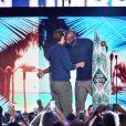 """Kobe Bryant et Justin Timberlake- Cérémonie des Teen Choice Awards 2016 dans la salle """"The Forum"""" à Inglewood, Los Angeles, le 31 juillet 2016."""