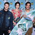 """Cody Christian, Shelley Hennig et Tyler Posey - Cérémonie des Teen Choice Awards 2016 dans la salle """"The Forum"""" à Inglewood, Los Angeles, le 31 juillet 2016."""
