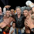 """Olivier Muller et Mickey Rourke entre le boxeur croate Danijel Solaja et le boxeur Yohan Lidon (Le Bûcheron) vainqueur - Soirée """"La Fight Night"""" de Saint-Tropez, France, le 4 août 2016. La Fight Night est un concept original alliant les plus hautes valeurs des sports de combats internationaux au glamour de Saint-Tropez. Certains des plus grands noms de la boxe thaï et du kick-boxing mondiaux se sont affrontés sur ce ring faisant désormais partie de la légende de la boxe sous toutes ses formes. Cette prestigieuse soirée de gala au clair de lune est devenue au cours du temps LA marque d'un succès sportif et people retentissant. Un événement incontournable dans le village le plus célèbre de la Côte d'Azur. © Rachid Bellak/Bestimage"""