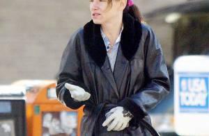REPORTAGE PHOTOS : Juliette Lewis est une 'fille perdue, cheveux gras'  qui fait la manche !